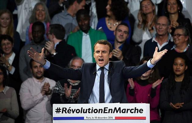 Macron-Fou.jpg