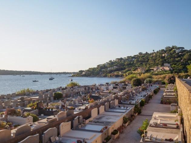 Cimetière Sint-Tropez.jpg